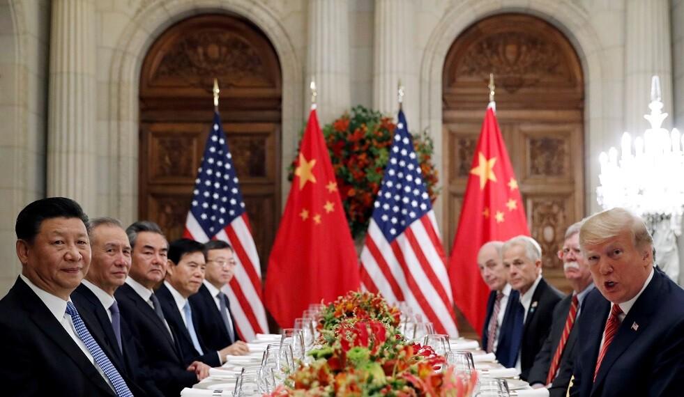 ترامب يعلن عن توقيع مبكر على المرحلة الأولى من اتفاق التجارة مع الصين