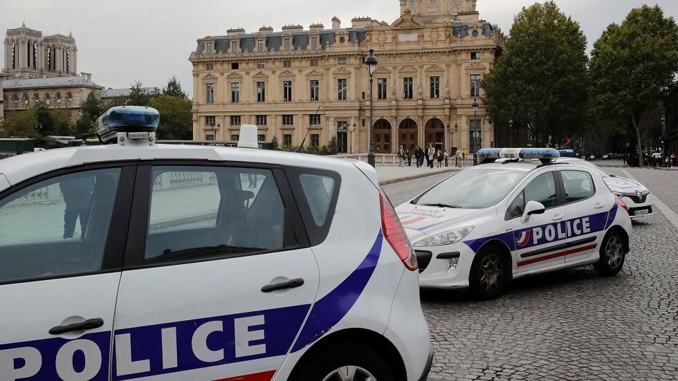 فرنسا: مصابان في إطلاق نار أمام مسجد في مدينة بايون