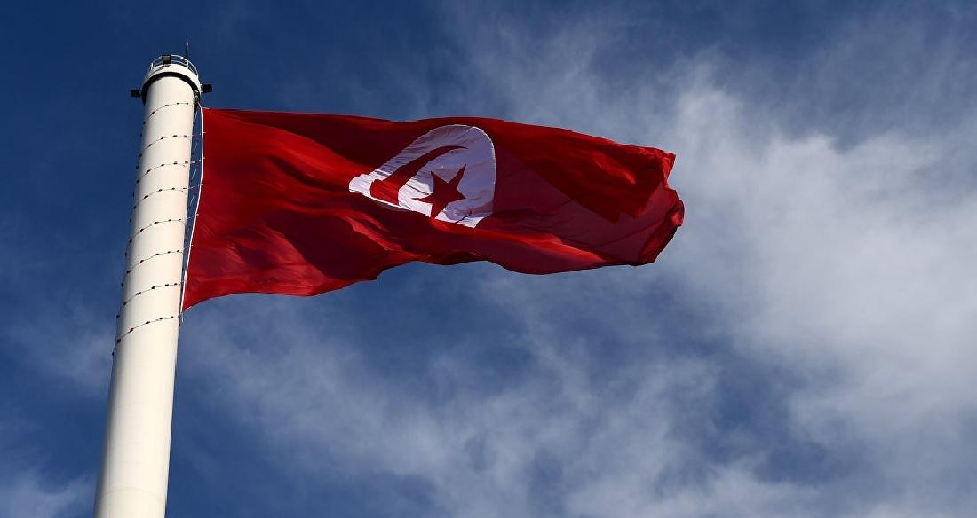 رئيس الوزراء التونسي يقيل وزيري الدفاع والخارجية بعد مشاورات مع الرئيس قيس سعيد