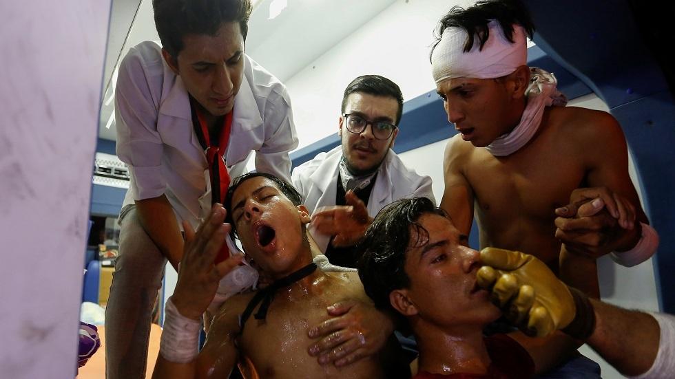 العراق.. تسجيل 70 حالة اختناق بالغاز بين المتظاهرين في بغداد