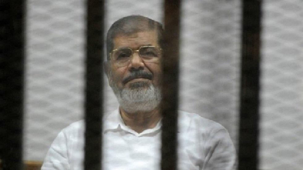 برلماني مصري يدعو للتصدي لمحاولة التحقيق في وفاة مرسي