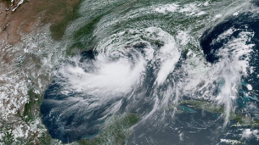 إعصار بحري -أرشيف