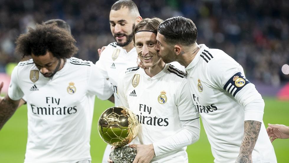 ريال مدريد قد يفتح باب الرحيل أمام نجمه مودريتش