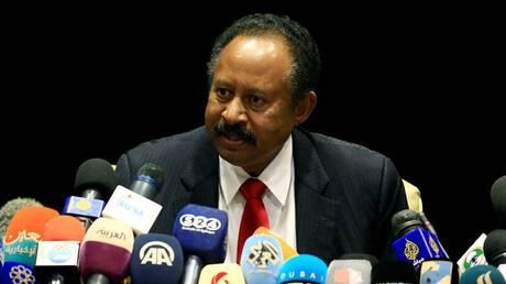 حمدوك يحث السعوديين على الاستثمار في السودان