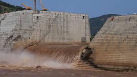 سكرتير الرئيس المصري الأسبق: بطاريات الصواريخ الإسرائيلية تحيط بجدران