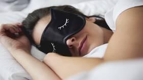 أفضل مكمل غذائي يمكن تناوله قبل النوم للاستمتاع بليلة هانئة