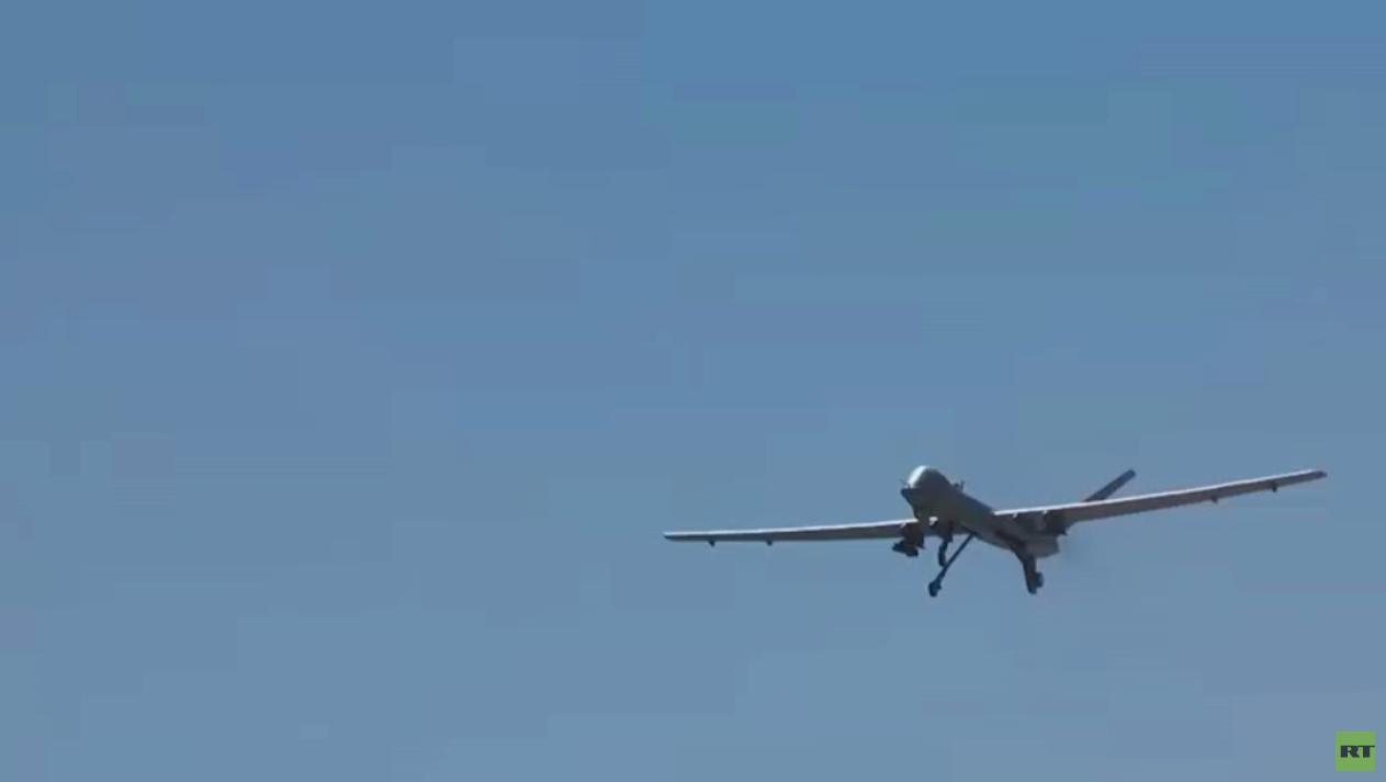 الحوثيون يسقطون طائرة أمريكية مسيّرة