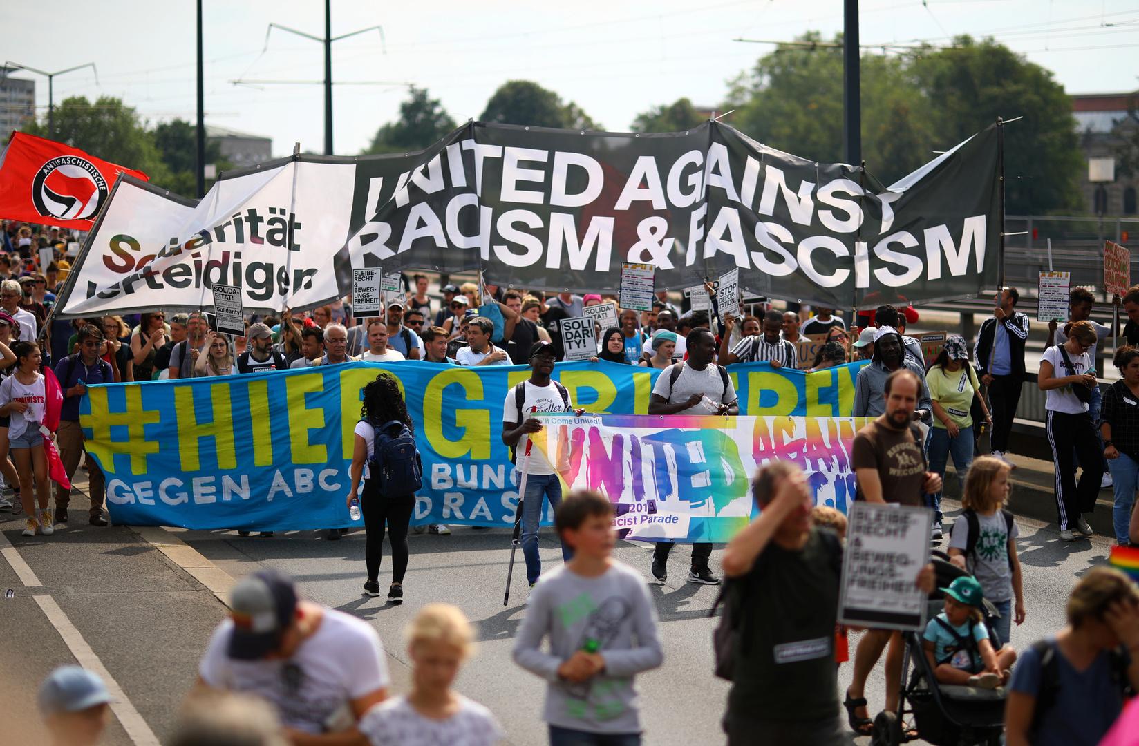 صورة أرشيفية لمظاهرات ضد العنصرية في دريسدن