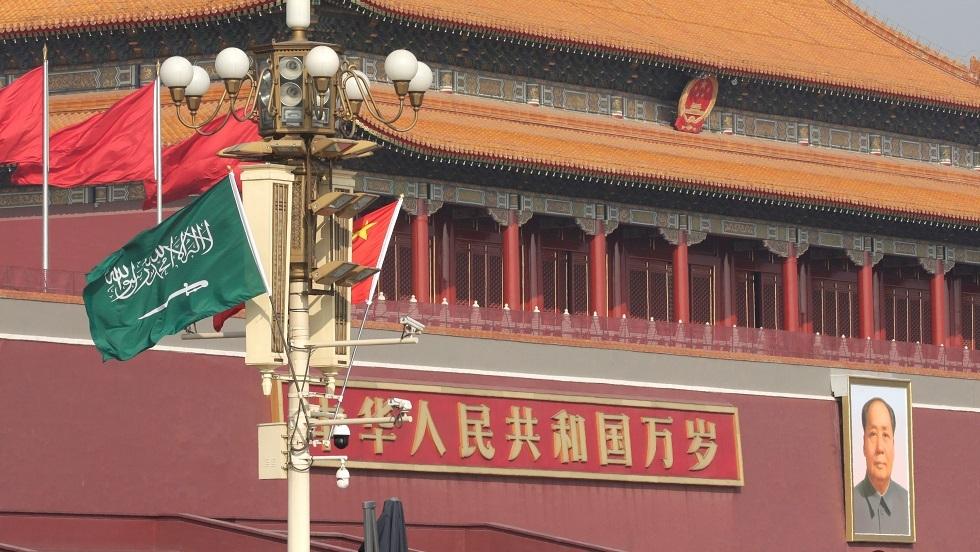 بلومبرغ: الصين مهتمة باستثمار نحو 10 مليارات دولار في