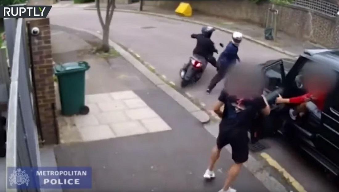 فيديو جديد لجريمة الاعتداء على أوزيل نجم أرسنال