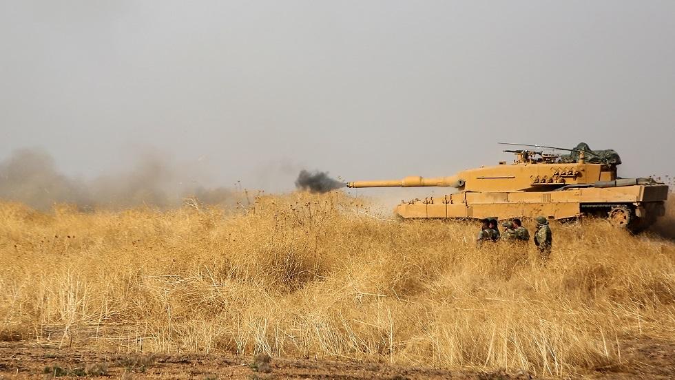 نشطاء: الجيش التركي يقصف مواقع الوحدات الكردية بشمال سوريا