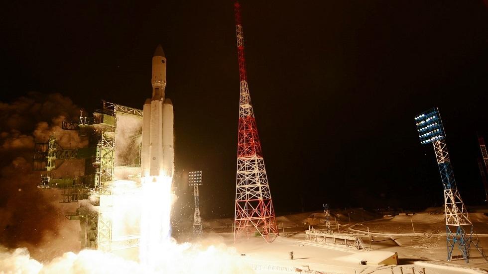 صاروخ فضائي روسي من طراز