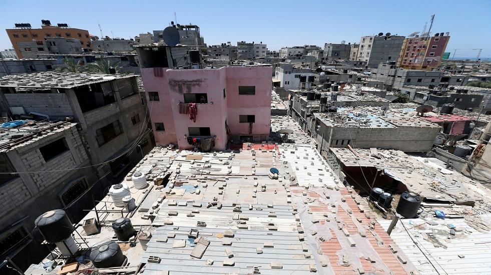 شبان فلسطينيون يحطمون بوابة السناطي جنوب قطاع غزة ويستولون على معدات عسكرية إسرائيلية