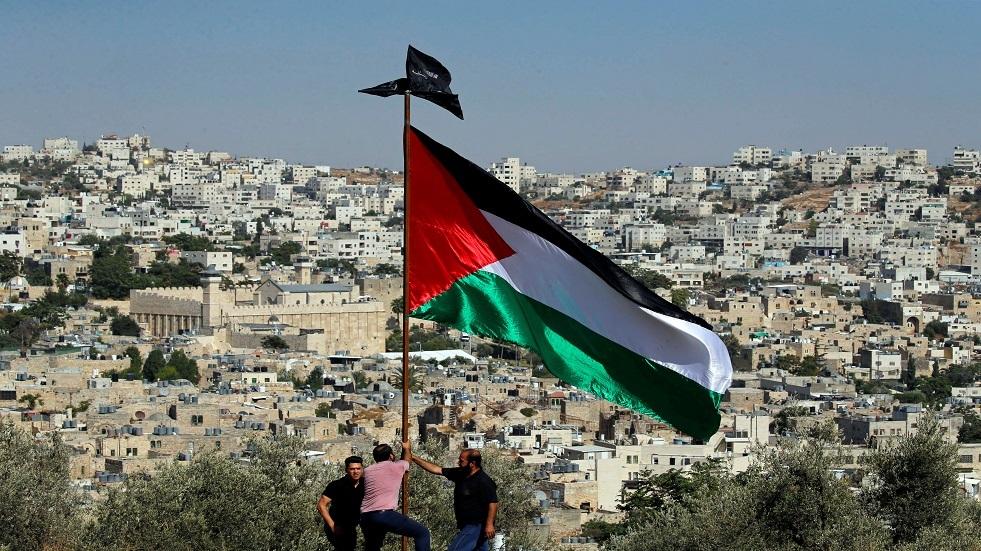 مسؤول فلسطيني يرجح إمكانية الانتخابات الرئاسية والتشريعية وفق قانون التمثيل النسبي الكامل