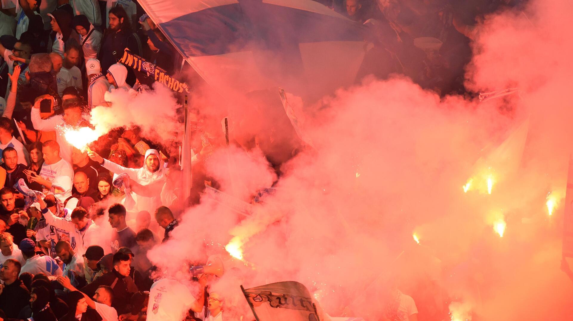 بعد الاعتداء على حافلة الضيوف.. مرسيليا ينتزع وصافة الدوري الفرنسي  (فيديو+ صور)