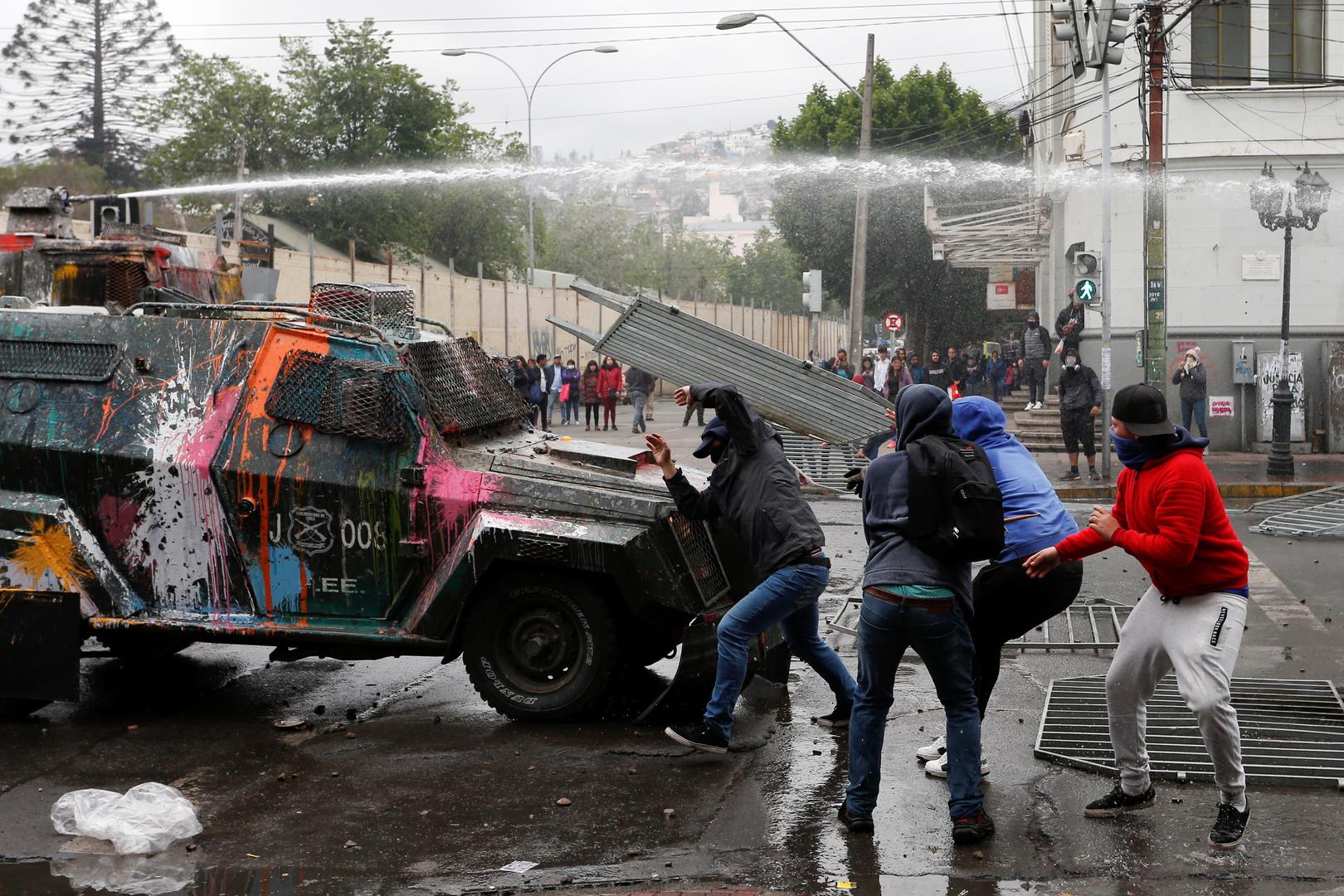 تشيلي تعد دستورا جديدا استجابة لمطالب المحتجين بدل الدستور الذي وضعه الديكتاتور بينوشيه