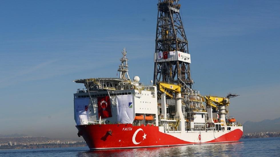 الخارجية التركية: سنواصل التنقيب بشرق المتوسط رغم قرار الاتحاد الأوروبي