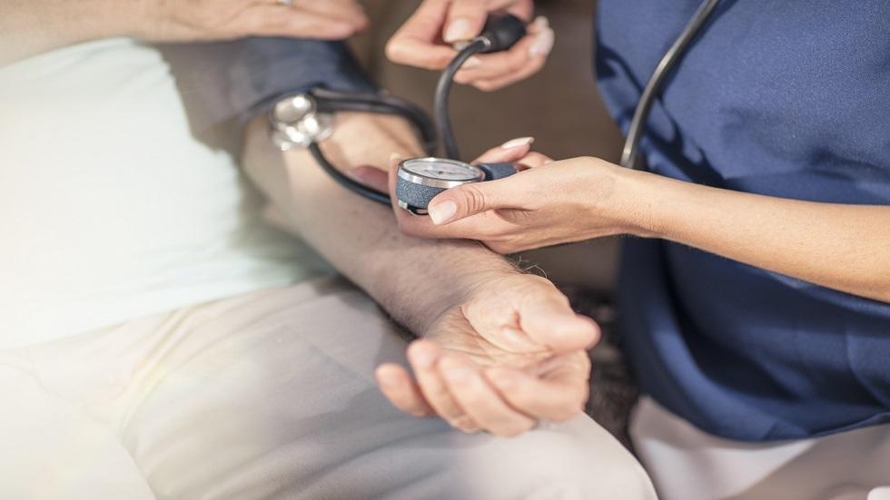 خفض مستويات ضغط الدم قد يساعد على تمديد العمر الافتراضي 3 سنوات