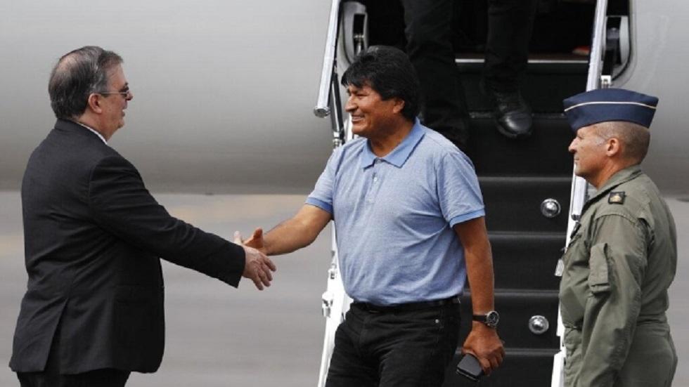 موراليس عند وصوله إلى المكسيك