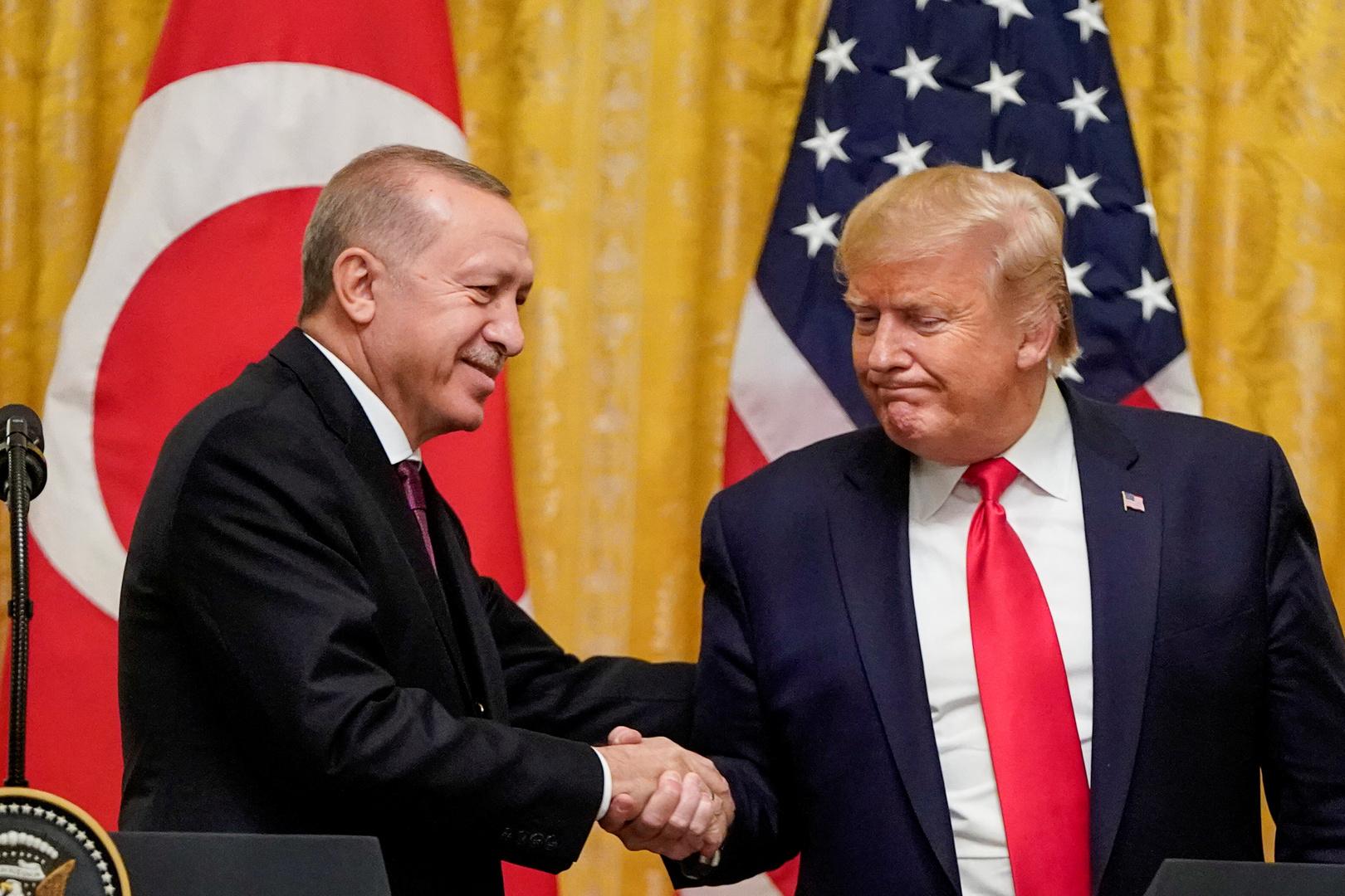 أردوغان وترامب يتفقان حول مصير معتقلي