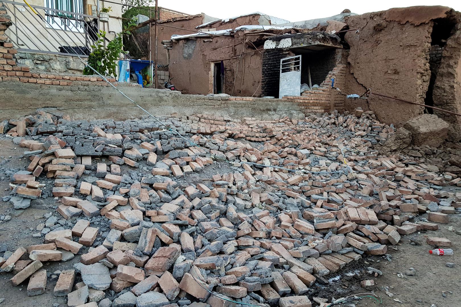 ثالث هزة أرضية تضرب جنوب إيران بأقل من شهر
