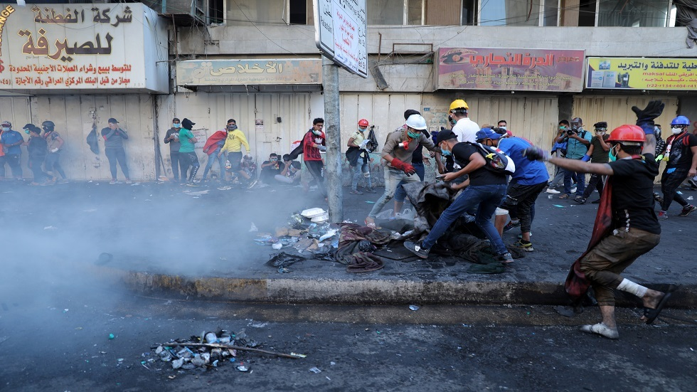 مقتل متظاهرين 2 وإصابة 35 آخرين في بغداد بعد مواجهات مع القوات الأمنية