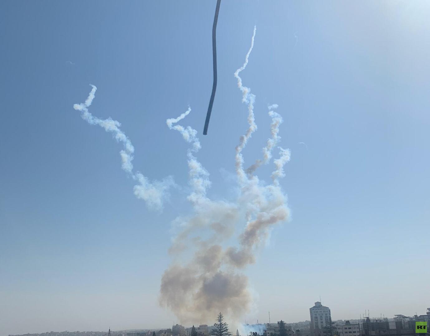 إطلاق صواريخ من غزة على إسرائيل عقب الإعلان عن اتفاق لوقف إطلاق النار (صور)