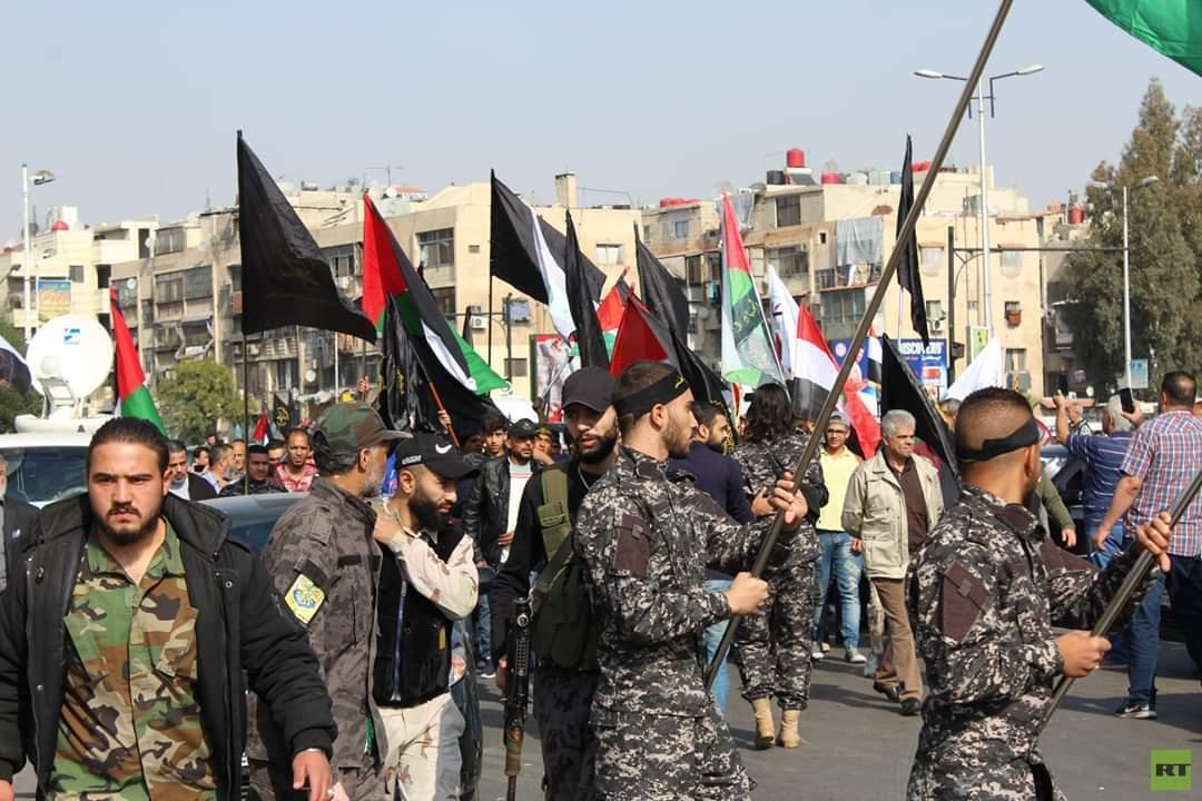 بالصور.. غزة تشيع ضحايا الغارات الإسرائيلية