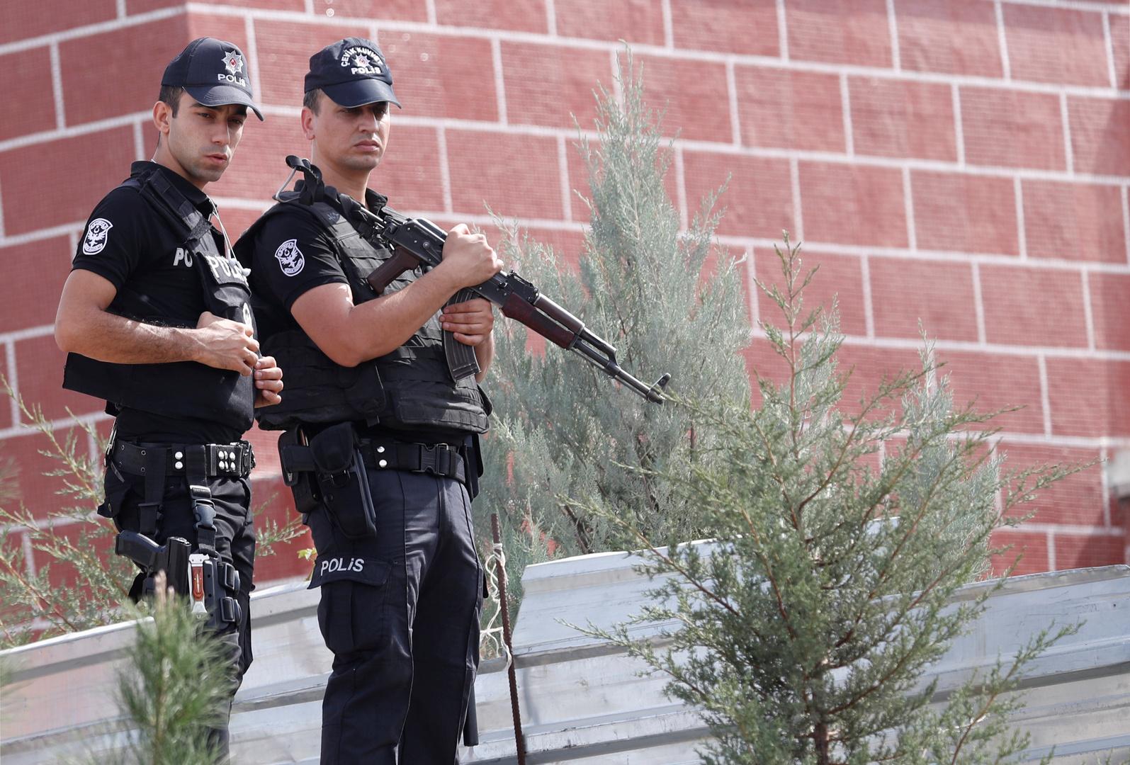 تركيا تعلن القبض على عنصر من