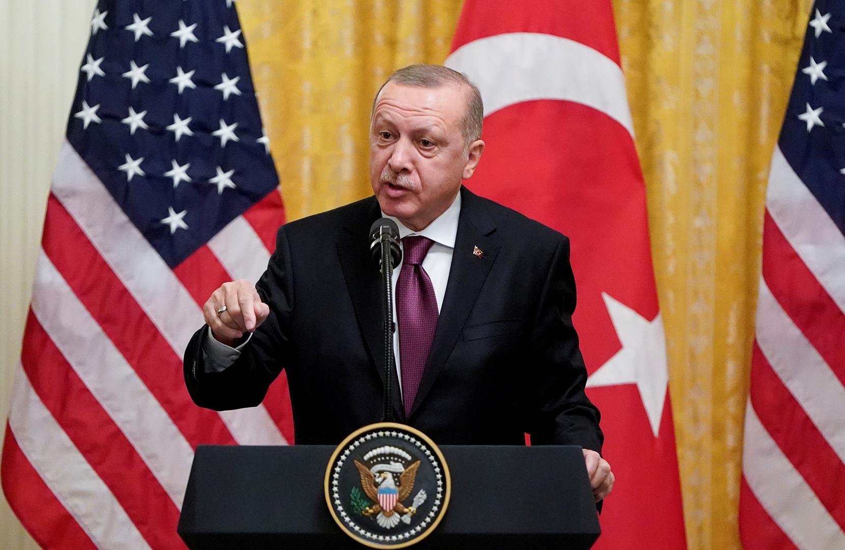 أردوغان: أبلغت ترامب بأننا سنبحث عن بدائل لمقاتلات