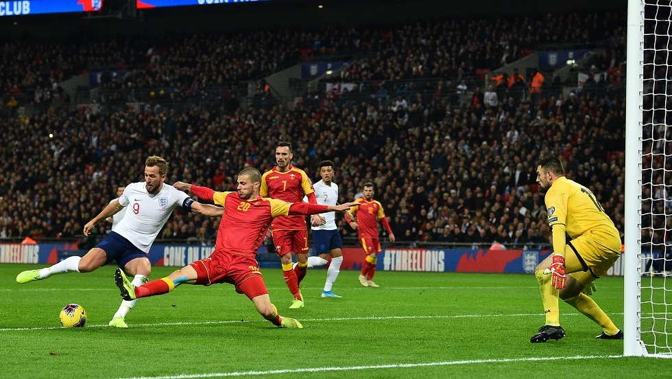 إنجلترا تهز الجبل الأسود (فيديو)