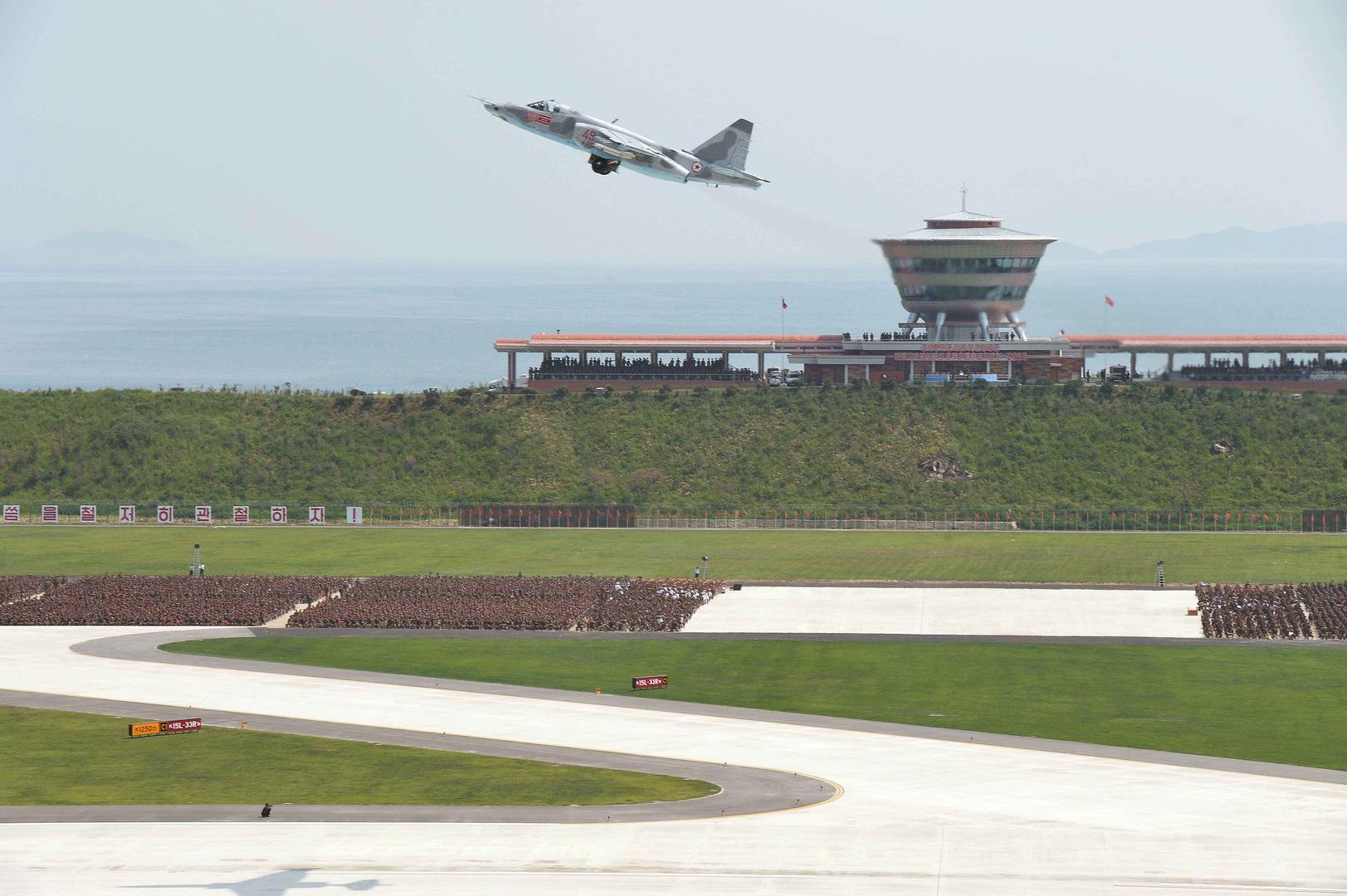 كوريا الشمالية تحشد مقاتلاتها على الحدود مع جارتها الجنوبية