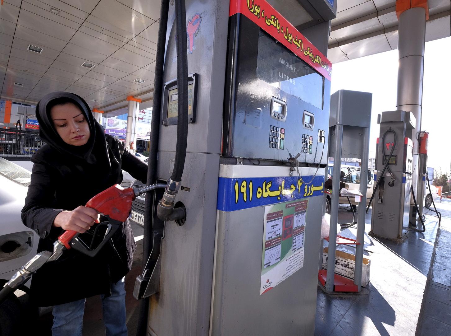 إيران تنفي حدوث أي اضطرابات أو أعمال شغب أو هجمات على محطات الوقود في البلاد