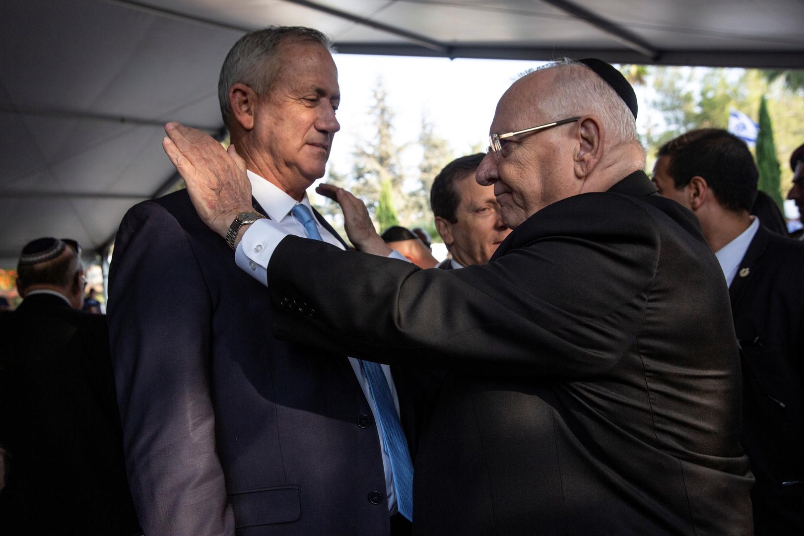 غانتس يلتقي رئيس إسرائيل قبل 4 أيام من انقضاء مهلة تشكيل الحكومة