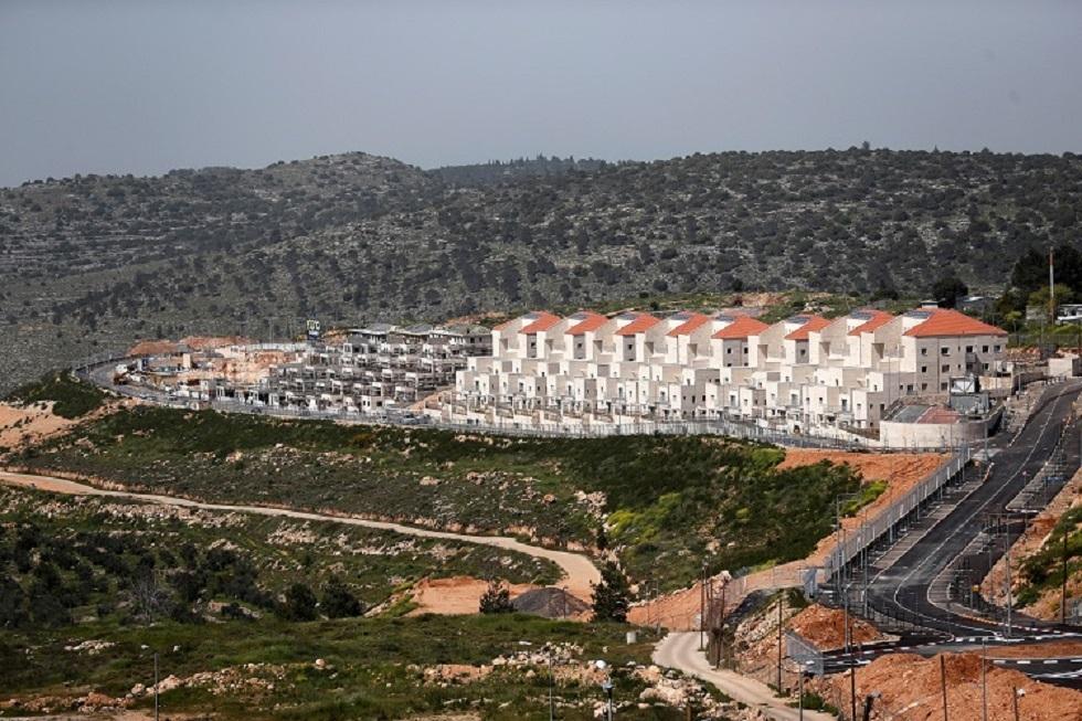 إسرائيليون يطالبون أوروبا بحظر استيراد منتجات المستوطنات