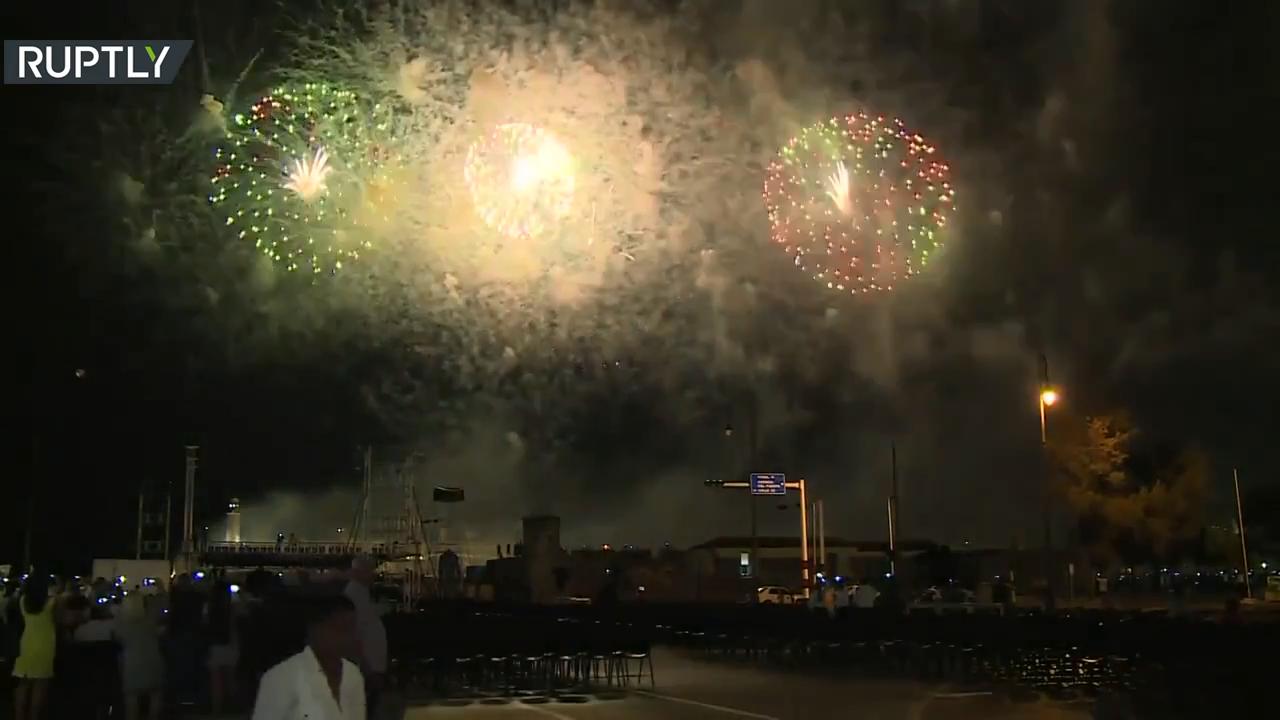 الألعاب النارية تضيء سماء هافانا في الذكرى الـ500 على تأسيسها
