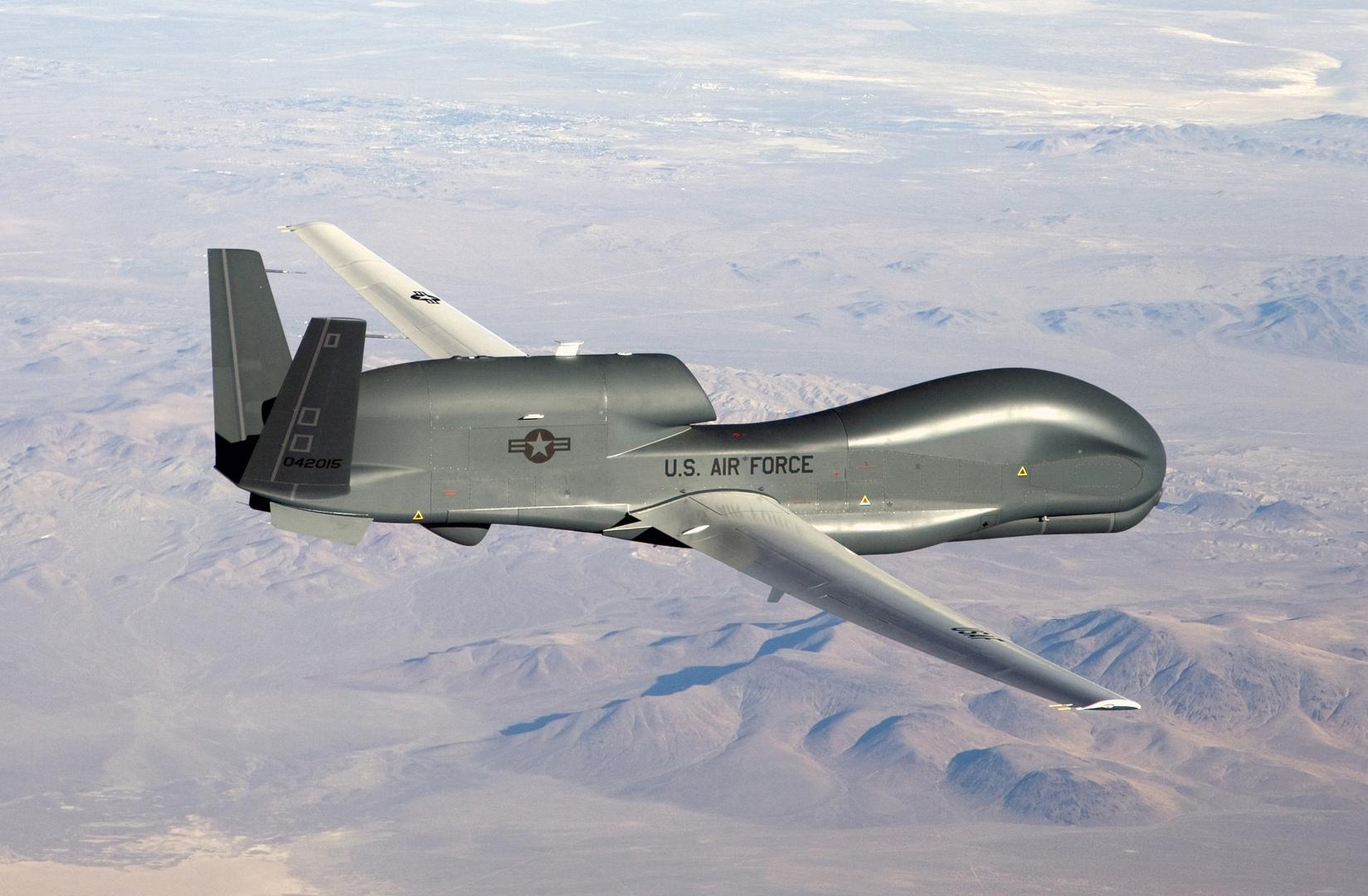 طائرة Global Hawk المسيرة الأمريكية