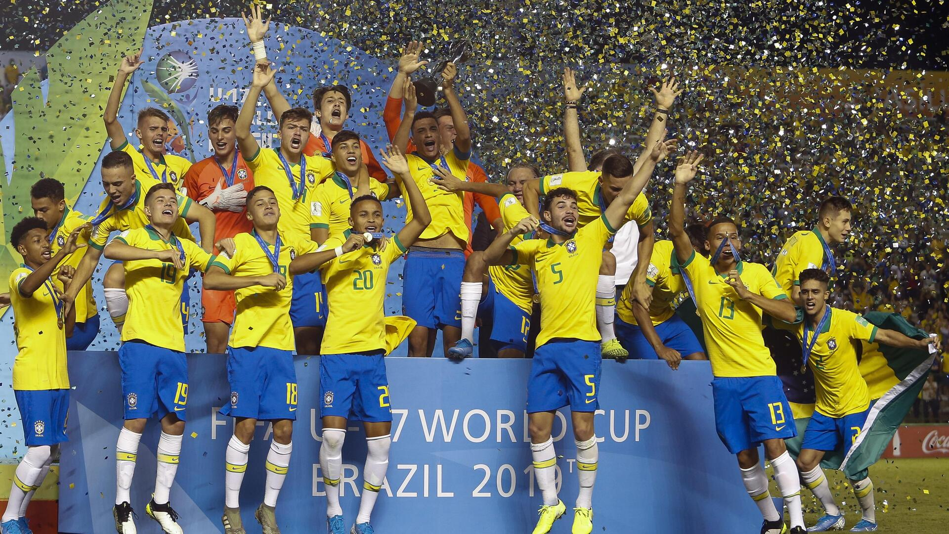 بالفيديو.. البرازيل تلسع المكسيك في الدقيقة 90 وتتوج بمونديال الشبان