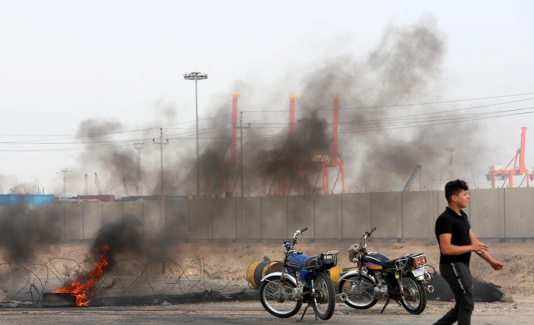 المحتجون يغلقون مدخل ميناء أم قصر مجددا في العراق