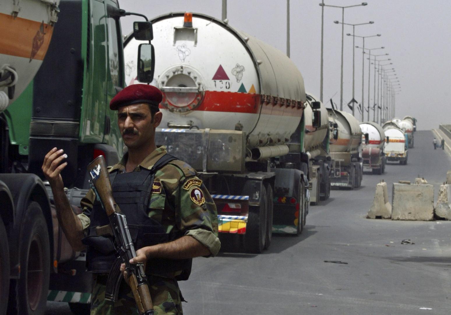 النفط العراقية تؤكد عدم تضرر الإنتاج والمحتجون  يغلقون مدخل ميناء أم قصر