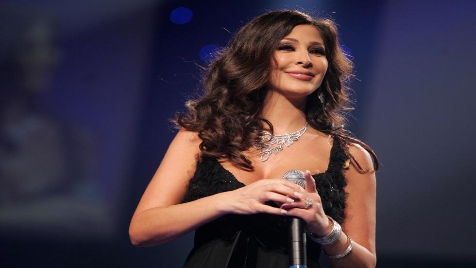 الفنانة اللبنانية أليسا