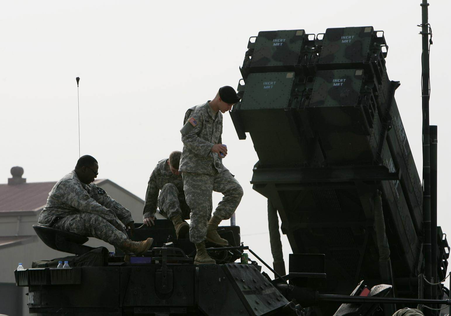 مسؤول كوري جنوبي: الولايات المتحدة لم تثر أبداً مسألة تخفيض قواتها أو انسحابها