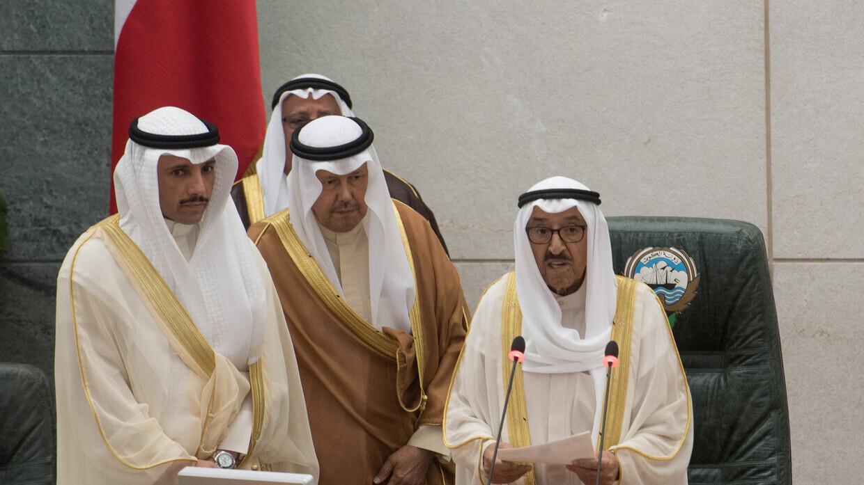 أمير الكويت يعين صباح خالد الحمد رئيسا لمجلس الوزراء