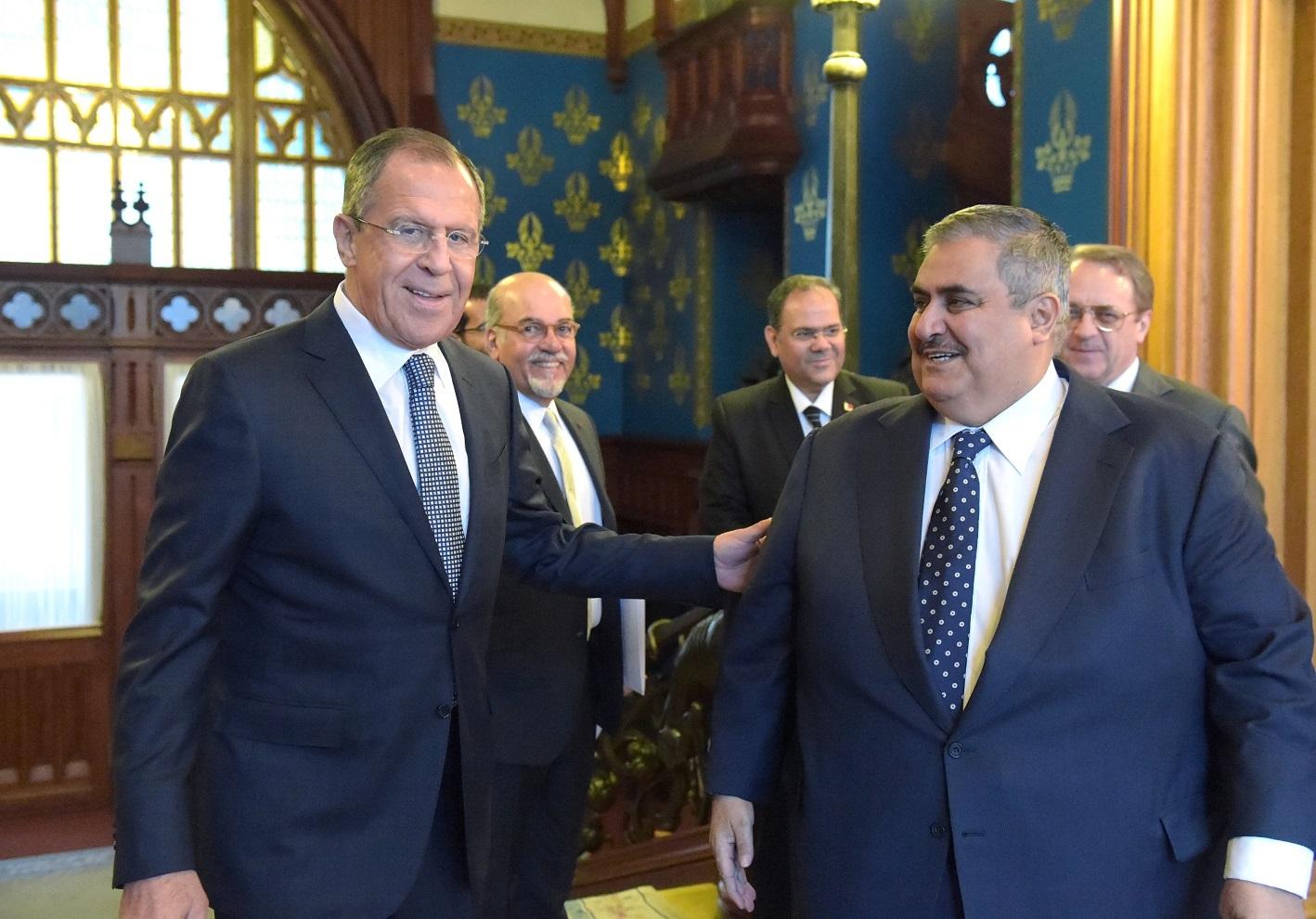 وزيرا الخارجية الروسي، سيرغي لافروف، والبحريني خالد بن أحمد آل خليفة - أرشيف