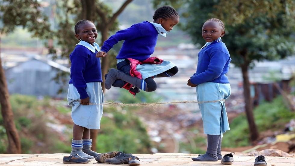 ماذا يهدد الأطفال في يومهم العالمي؟ (فيديو)