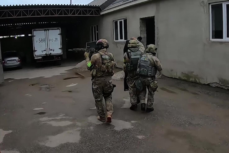 توقيف 3 أشخاص في منطقة موسكو سعوا لتجنيد مسلحين لـ