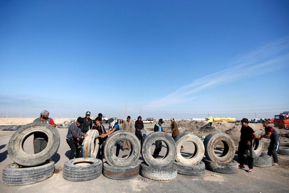 احتجاجات العراق تطاول موانئه واستمرار الضغوط الدبلوماسية لحل الأزمة