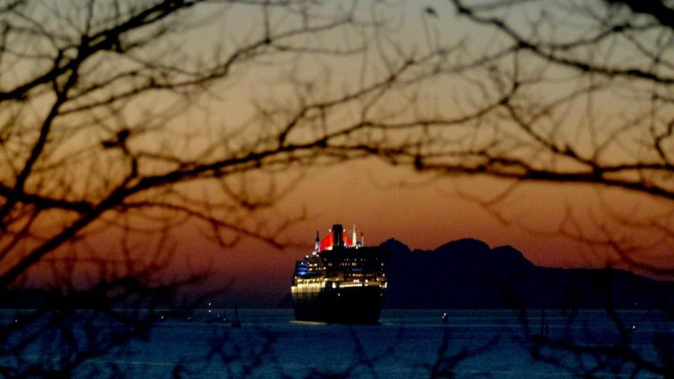 سابقة بحرية.. ركاب سفينة سياحية
