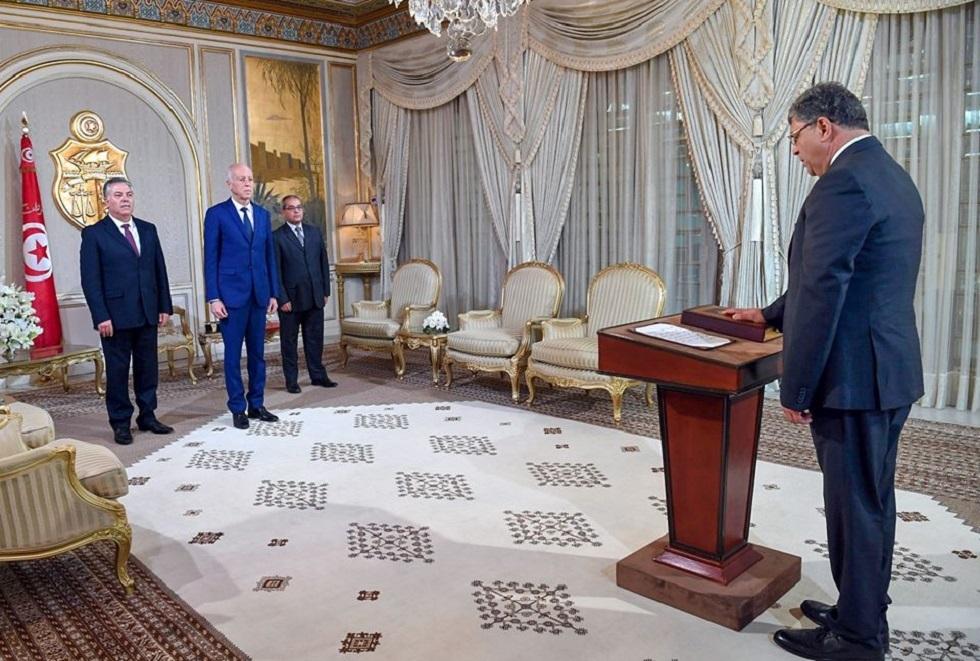 سفير تونس الجديد لدى روسيا يؤدي القسم أمام الرئيس قيس سعيد (صور + فيديو)
