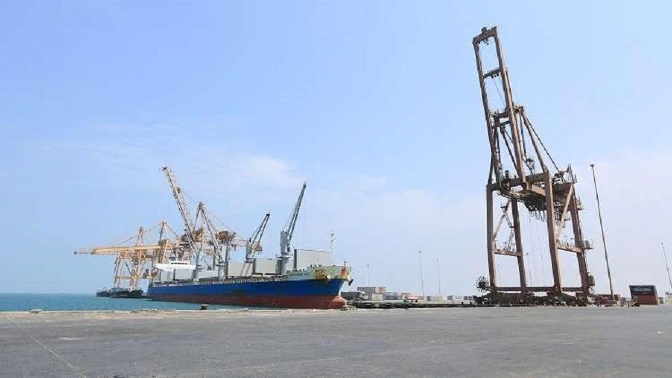الحوثيون يتهمون التحالف العربي باحتجاز سفن محملة بالنفط إمعانا بالتضييق على اليمنيين وزيادة معاناتهم